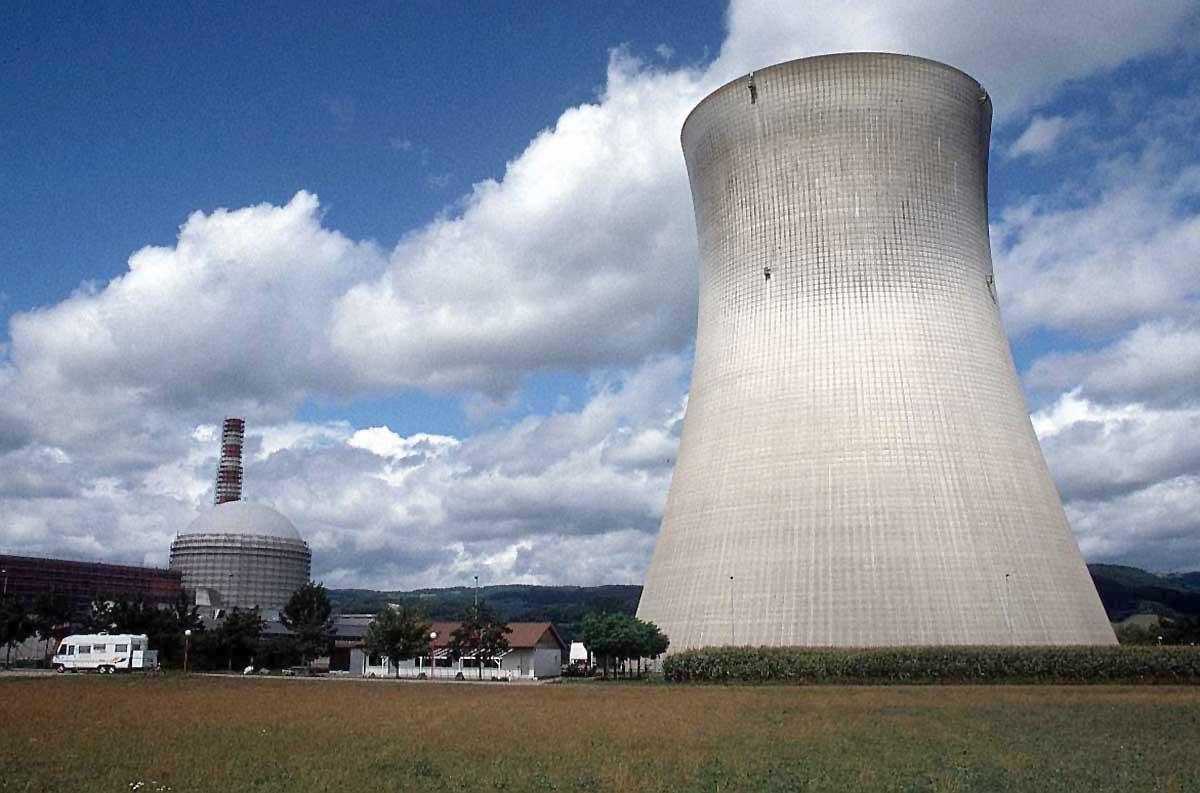 Boulonnerie spéciale et pièces mécaniques spéciales en moyennes ou grande série pour le nucléaire.